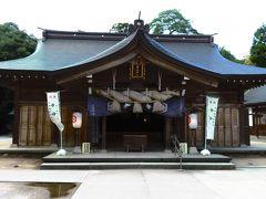 八重垣神社  八重垣神社は櫛名田比売命が、八岐大蛇(ヤマタノオロチ)の難を避けるために避難したといわれる場所です。