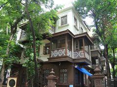 マニ・バワンは1917年から1934年にかけて、ガンジーがムンバイでの滞在先として  利用していた個人の邸宅で、閑静な住宅街にあります。