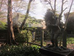 一番奥には「目黒区古民家」(奥にある建物) 衾村の年寄を勤めた栗山家が移築保存されています