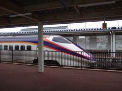 最初の停車駅は大石田。ここで下りのつばさと交換。  乗降はなし。