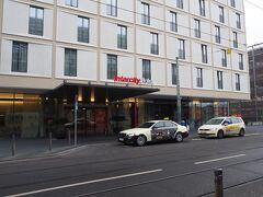 12月31日 あっという間にドイツ旅行最終日。 帰りの飛行機(JAL408)はフランクフルトを19:40発なので、フランクフルト近郊のマインツまで足を延ばしました。 IntercityHotel Frankfurt Hauptbahnhof Südをチェックアウトし、大きな荷物はホテルで預かっていただきました。