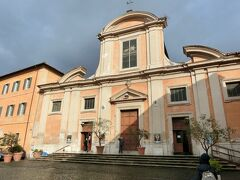 着いたのがココ。  サン・フランチェスコ・ア・リーバ教会