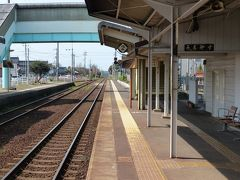 12時半。 鳥取県の浦安駅を出発します。
