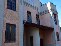 1937年(昭和12)年にモダン劇場として賑わい、戦後は昭和30年代まで映画館として親しまれた乙女座。 https://www.city.kure.lg.jp/soshiki/67/m000252.html