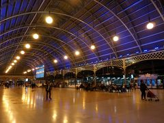 シドニー・セントラル駅 ここから2駅乗って、ウィンヤード駅へ戻ります
