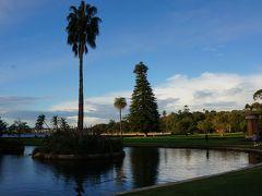 このボタニックガーデン、30ヘクタールもの広い公園で、1816年に造営されたオーストラリア最古の植物園です。 4000種を超える植物が植えられているそうです