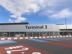 出発は成田空港の第3ターミナル。コロナの件で、かなり警戒しながらの到着です。マスク、手ピカジェル、アルコール除菌ウエットティッシュなど家にあるグッズは全て持参しました。