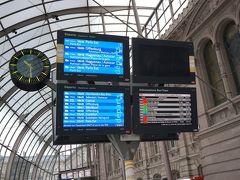 この日、パリ行きの電車は数本走っていましたが、シュトゥットガルト行きはナシ…。