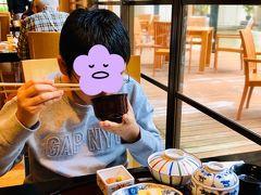 2日目 朝食は真南風(まはえ)で和定食。 夕食と違う場所にしました。 ゆし豆腐のお味噌汁が美味しかった!