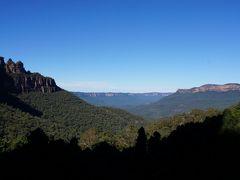 降りると目の前には快晴のブルーマウンテンズ! 壮大な景色で、まるでアメリカのグランドキャニオンに似た感じがしました。