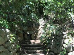 横穴古墳 昭和48年に発見された奥行き13mの古墳