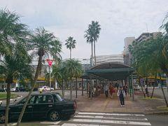 約3時間の列車旅で到着したのは南国宮崎です。