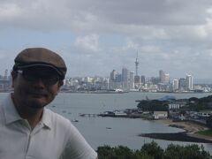◆海風に吹かれながら・・・オークランド 2008/03/10 - 2008/03/15 https://4travel.jp/travelogue/10226132  マイレージの有効期限が迫っていたので・・・ 同じマイル数ならできるだけ遠くへ行こう! そんな安易な理由でオークランドへ行ってきました。  ボクはカナダとかオーストラリアとか北欧とか・・・ なぜか清潔で健全な国があまり好みではなく ニュージーランドも同じ匂いがしていたので・・・  実際に行ってみたら・・・・ やはり予想通りの安全で健全で清潔な国でした。 NZ好きの方ごめんなさい<(_ _)>