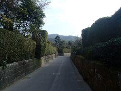 知覧武家屋敷は、9時から観光できるということで、まずは入場券を購入します。