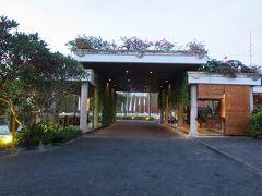 メリア・バリ (ヌサドゥア地区) デラックス/スイート  スペイン系の大型ホテルで老舗。