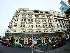 【ーMajestic Saigon Hotel マジェステック ホテル サイゴンー】  さて、2017年12月23日(月)スワンナプーム空港からベトナムジェットに乗って、ホーチミンまで約1時間半。