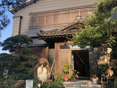 当日は湯田上温泉の初音旅館に投宿しました。花火がひけた後も飲み会が続いたので、当夜の記録(記憶?)は残っていません。。。
