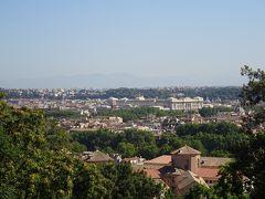 次に向かったのはジャニコロの丘。 フォロロマーノなど街歩きをすると、ここまで登るには車が必要ですね。