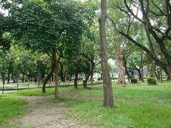 二二八和平公園は台湾に建設された最初のヨーロッパ風近代的都市公園だそうです。タイワンリスがいて可愛かったです。