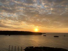ANAインターコンチネンタル万座ビーチリゾート  ベランダに出ると夕日が!万座毛が見えます  海が近くて良いですねー