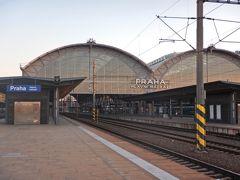 プラハ駅に到着!
