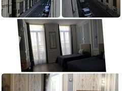 パリ北駅到着後、気を引き締めてタクシー乗り場へ  10年ぶりのパリ 前回スリ未遂事件があり今回は気合いが入ってます!  前回と同じルーブル美術館近くにあるホテルへ移動  10EURO程でホテル到着  13時頃でしたが直ぐに部屋を利用させていただきました~  広い部屋で3泊411.78EURO 立地もよく格安旅には最適ホテルです