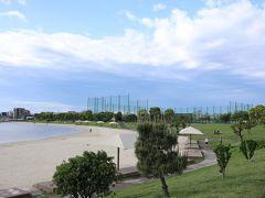 「ふるさとの浜辺公園」 早朝から皆さんランニングや散歩をしてました。