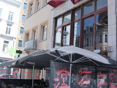 ホテルに荷物を置いて、早速、お昼ごはんに。  ベルギー最初のお昼ご飯はコチラにて!