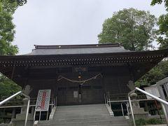 最終日も相原駅前からスタート。最初は町田街道沿いをを進みます。右手に神社があったので寄り道します。