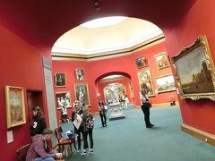 入場無料のスコットランド国立美術館。工事中で、一部だけ見ることができました。