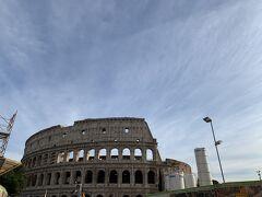 15:00近くだったこともありコロッセオのチケット売り場もガラガラでした。