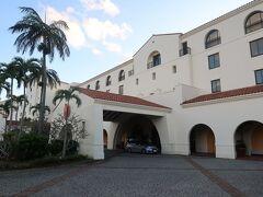 今回のお宿 ホテル日航アリビラ  愛弟子Eは毎年1回は泊まっている上客です。