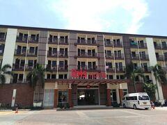今回泊まったホテルはイビスプーケットパトン、 コロナのせいか思ったより安く4泊合計で1万円代。