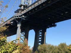 マンハッタン橋です。 周りは公園になっていてとても気持ちがいいです。