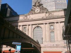 Brooklyn Bridge city hall subway stationから地下鉄に乗ってグランドセントラル駅まで行きます。そして歩いて国連本部まで向かいます。 昨日も来たグランドセントラル駅。