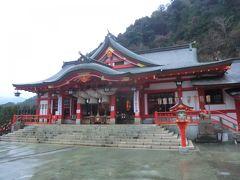 「新殿」 昭和44年に建立し、今はコチラが本殿となっています。  こちらも‥ パンパン.礼。  ↓太鼓谷稲荷神社 http://taikodani.jp/publics/index/34/