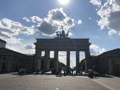 ブランデンブルグ門。 午後なんで逆行。