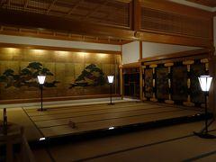 大書院内で最も格式の高い上段之間。 城主などの貴賓が座る場所は、一段高くなっています。