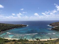 私はハワイに長く住んでいます。昔のハナウマベイは綺麗かったのですが、  すっかり、観光化してしまい、日本からのお客様で特別に行きたい方を  ご案内するぐらいで、長くきたこともなく、行きたいも思っていませんでした。