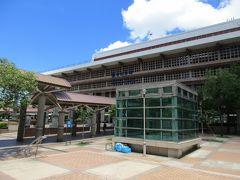 堂々たる面構えの台湾鉄路管理局(台鉄)台北駅。