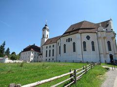 次はヴィース教会。 世界遺産にもなっている教会です。