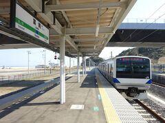 3月までの終点であった富岡駅にやってきた。 ここに来るのは2年半ぶり。前回は竜田-富岡間の復旧した区間に乗りに来た。