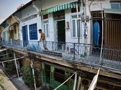 【ベトナム最大の中華街:チョロン Cho Lon】  近年、移住してきた「新華僑」と呼ばれる人たちは、チョロンの北側に隣接する11区に多く住んでいるんだそう~