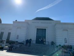 こちらがグリフィス天文台です。中には入れません。  みんなこの天文台じゃなくてハリウッドサイン目的で展望台がかわいそう。(笑)