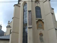 続いてリヴィウ大聖堂へ、