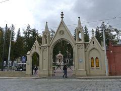墓地なのに入場料取るしガイドツアーもあります。