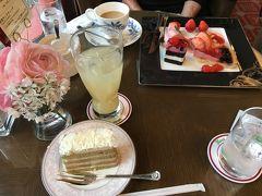 今回は奈良ホテルには泊まらず、ティーラウンジと売店でパウンドケーキだけを。