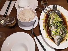 中華料理を夕飯に食べる