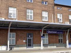 無事に発車オーライ(古っ!)して、オロモウツに到着。