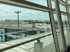 [写真はイメージです] あと3週間足らずで乗る予定だったルフトハンザ715便、エアバス350の御姿。